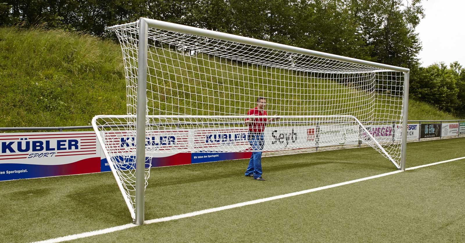 Fussballtornetze bei Kübler Sport