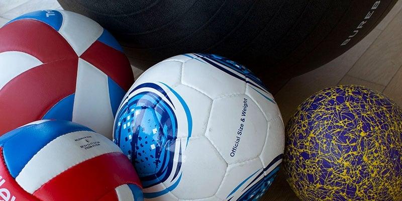 Ballspiele im Sportunterricht