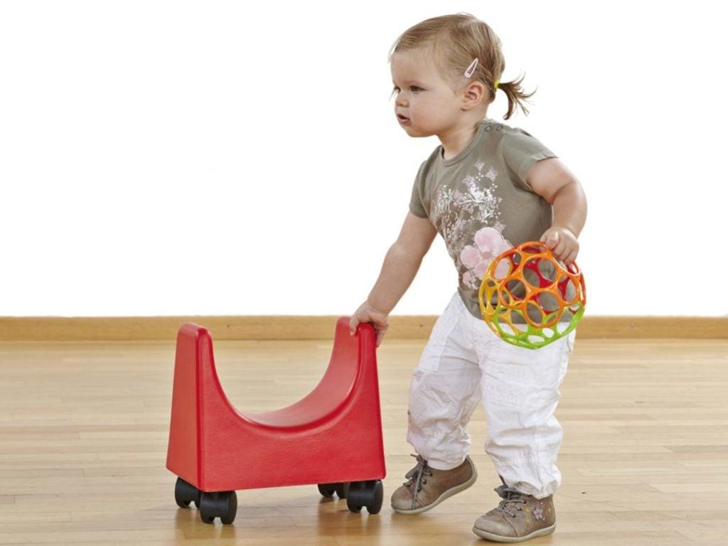 der U-Scooter ist ein außergewöhnliches Spielzeug für Kinder