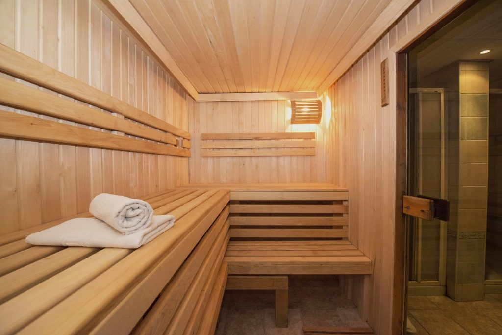 Sauna als Kombination von Wärme- Kältetherapie