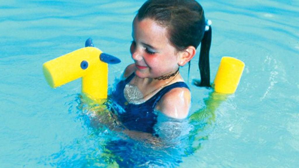 Geiles Pärchen Machen Es Am Pool