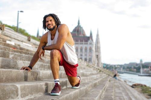 Fitness Übungen im Outdoor Bereich