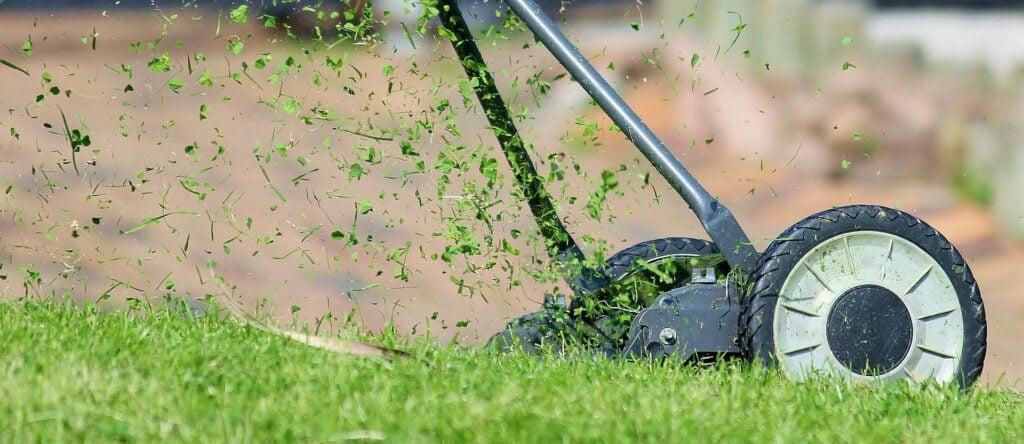 Rasen als Fallschutz