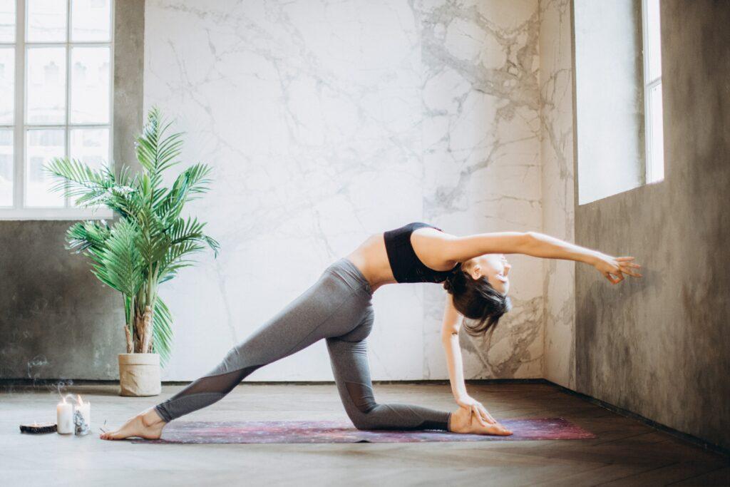 Yoga / Taube (Eka Pada Rajakapotasana)