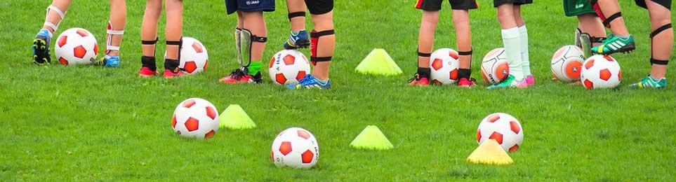 American Football Bälle, sogenannte Footbälle in offizieller Größe und Gewicht - jetzt bequem online bestellen!
