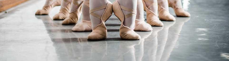 Breites Sortiment von u.a. ✔ stationäre Stangen ✔ mobile Stangen ✔ Befestigungsmaterialien für Ballettstangen. Top-Qualität & gute Preise online vom Experten!