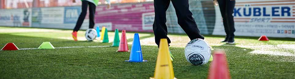 Jetzt Top-Fußbälle kaufen. Profitieren Sie von: ✔ hoher Qualität ✔ tollen Preisen ✔ schneller Lieferung. Wir sind Ihr kompetenter Partner im Fußball!