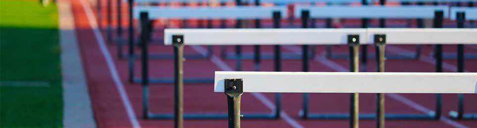Übungshürden für Anfänger & Schulsport, hochwertige Hürden für Wettkampf & Training - die passenden Leichtathletik-Hürden für jeden Bedarf